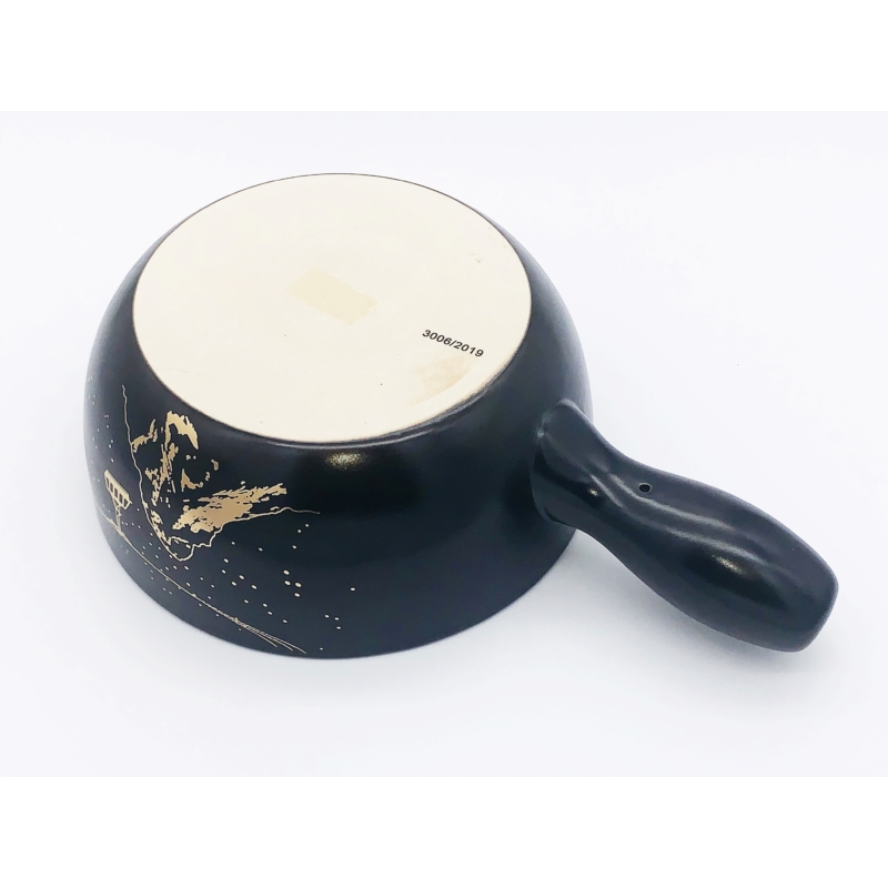 Sajtfondü edény Hegymászó - fekete színű - alulról